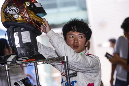 #8 J-Gear<br>宮田 莉朋
